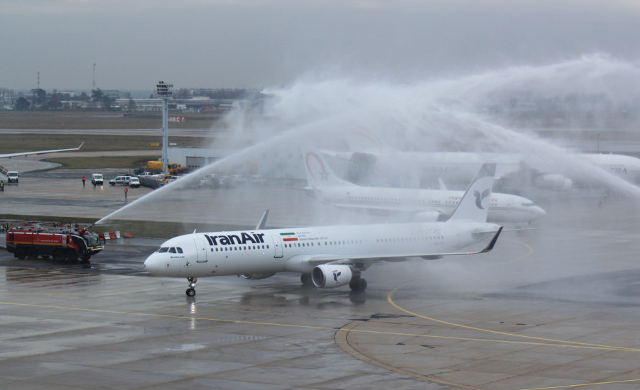 Iran Air, arrosage de bienvenue