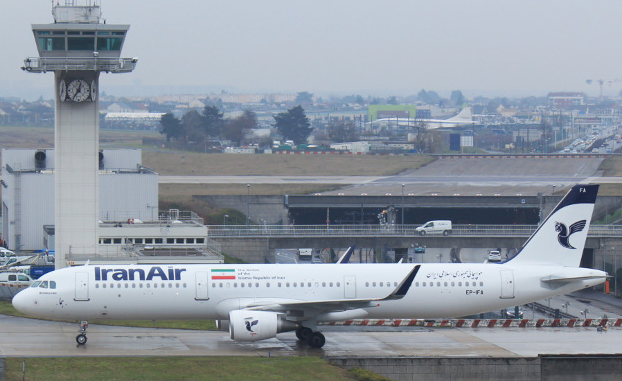 Paris-Orly, IRAN AIR, A321W EP-IFA